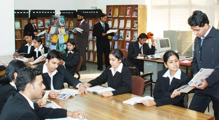Apeejay School of Management,New Delhi